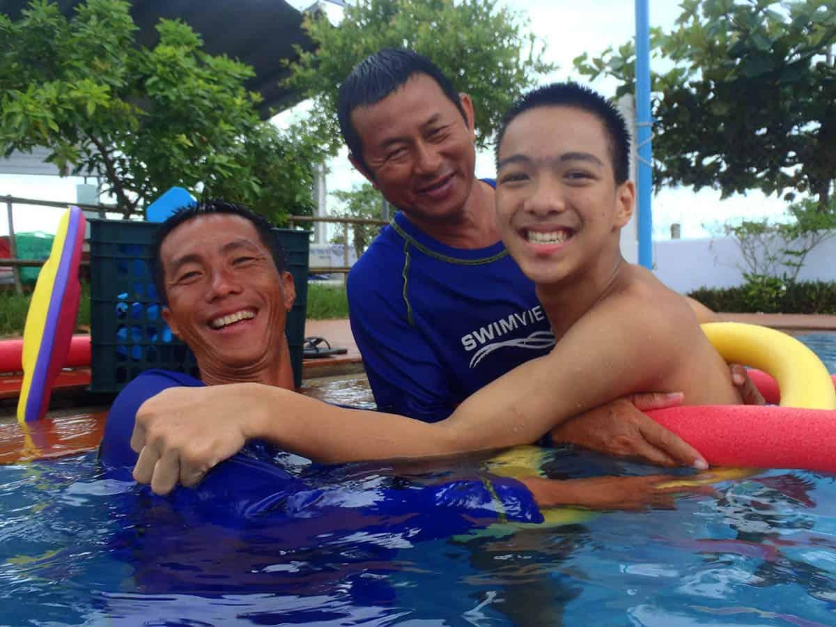 Teachers Vu & Em with Kianh Swim Star
